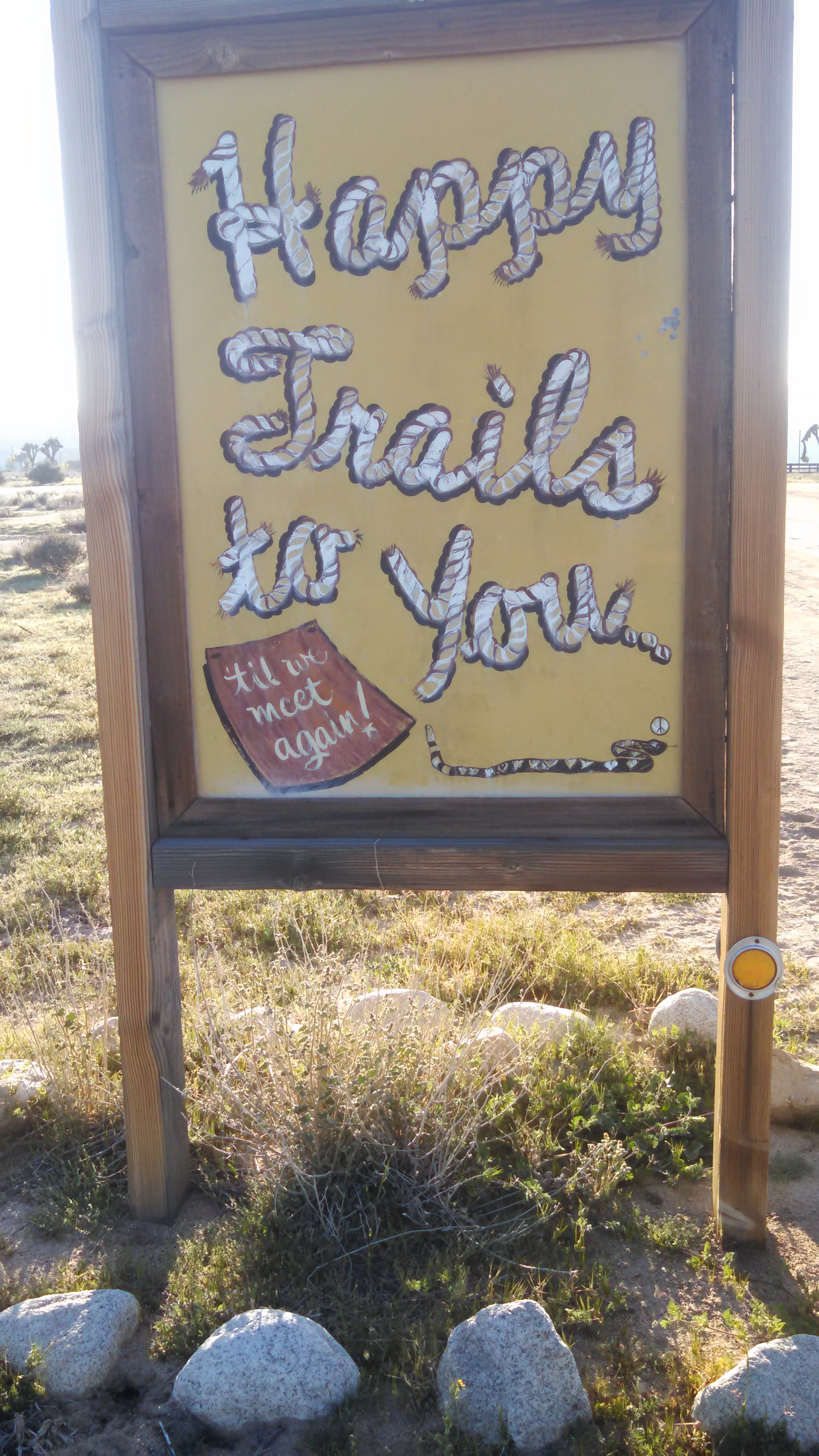 wpid wp 1427040440412 - LFTR - US - CA - Roadside oddities make me happy. Giant Rock, Integratron, Pioneer town